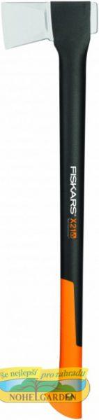 Sekera FISKARS X21 štípací velká Štípací X21 sekera má jeden z nejlepších poměrů délky a hmotnosti