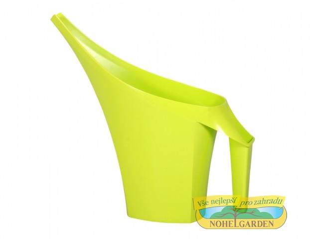 Konvička Coubi 2 l světle zelená Plastová designová konývka o objemu 2 l. Příjemně se drží a pohodlně se s ní zalévá. Vhodná především do interiéru.