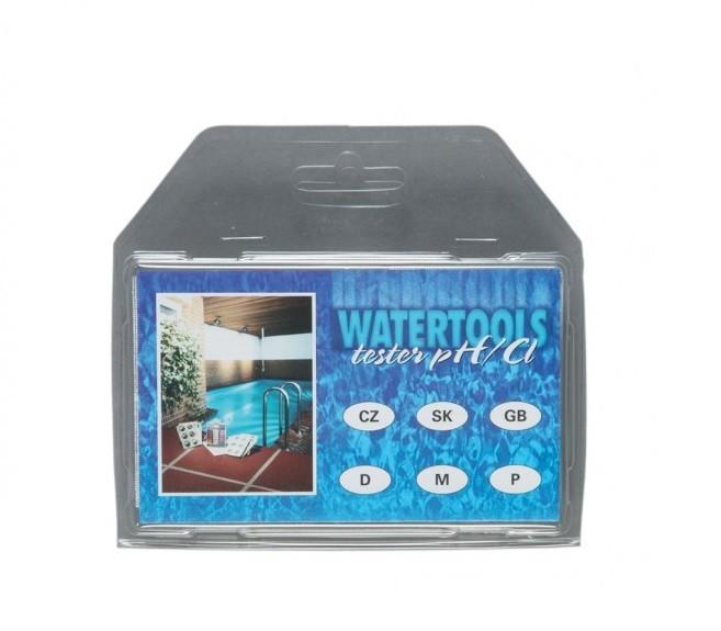 Mini tester do bazenu Bazénový tester mini pro analýzu obsahu chloru a hodnoty pH v bazénové vodě. Přidáním reagenční tablety se vzorek vody z bazénu zbarví do určitého odstínu dle koncentrace chloru nebo hodnoty pH ve vodě. Podle srovnávací škály na testru se pak odečte příslušná hodnota.Tester se dodává v zavíracím blistru. Součástí dodávky jsou reagenční tablety na 18 analýz a vícejazyčný návod.Rozsah měřeníCl: 0