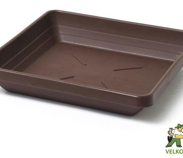 Miska Lotos 30 x 30 cm čokoládová Popis:Čtyřhranná plastová miska v matném provedení vhodná pod květináč Begonia.Materiál:plastBarva:čokoládováRozměry:rozměr: 25 x 25 cmvýška: 4