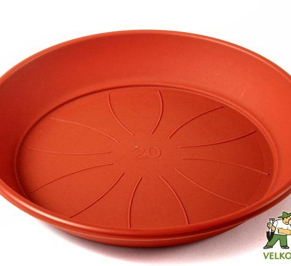 Miska Azalea 27 cm teracota Popis:Miska pod květináč v matném provedení. Vyrobena z odolného plastu - zabraňující praskání.Materiál:plastBarva:teracotováRozměry:horní průměr: 24 cmspodní průměr: 20