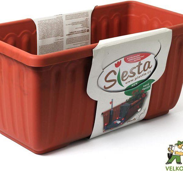 Truhlík samozavlažovací Siesta LUX 40 cm terracota Popis:Plastový samozavlažovací truhlík Siesta LUX obsahuje jednu vložku