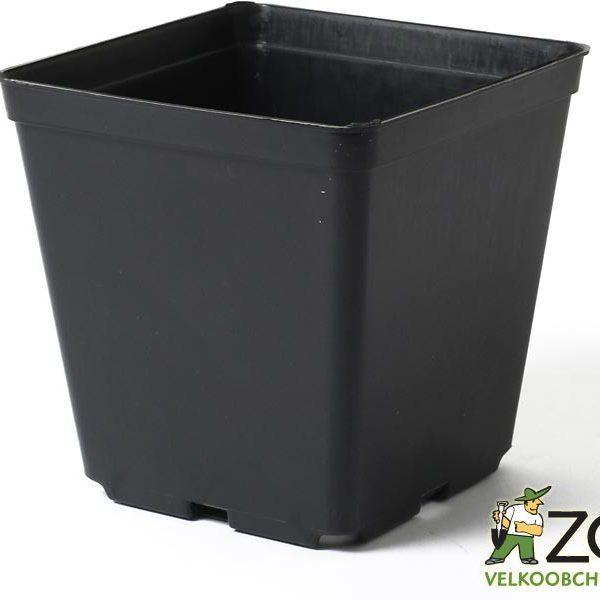 Kontejner pevná kvalita 25 x 25 x 26 cm Popis:Hranatý plastový černý kontejner měkké kvality je určený především pro pěstování sazenic rostlin. Měkká kvalita znamená