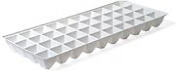 Deska sadbová 40 buněk - pro minipařeniště Popis:Plastová sadbová deska určená k použití v minipařeništi. Obsahuje 40 buněk. Vhodná pro předpěstování rostlin.Materiál:plastBarva:bíláRozměry:rozměr: 43 x 17 cm