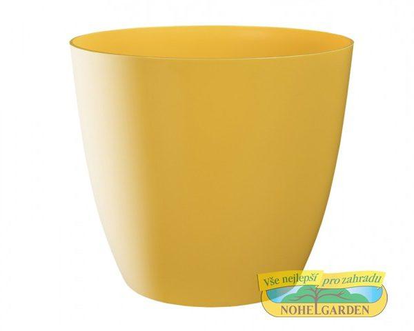Obal Ella 21 cm žlutý Plastový obal na květník v klasickém tvaru s lesklým povrchem. Šířka: 21 cm