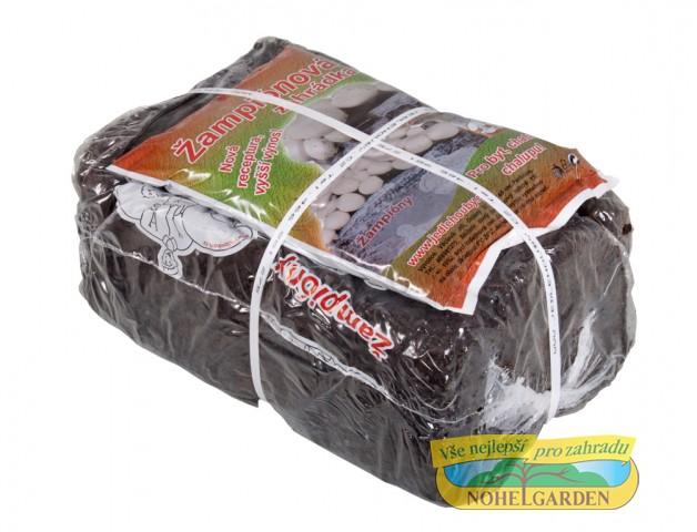 Žampionová zahrádka 9 kg Souprava pro pěstování bílých žampionůVyrobeno z přírodních organických materiálů nejnovějšími technologiemiPodmínky pro pěstování dokáže vytvořit opravdu každý a to po celý rokPři dodržení podmínek uvedených v návodu garantujeme sklizeň 3kg vzrostlých žampiónů.