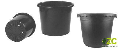 Kontejner 35 cm černý 20 l Kulatý černý plastový kontejner pro pěstování rostlin. Pevná kvalita.Popis:Kulatý plastový černý kontejner je určený pro pěstování rostlin. Používá se především na výsadby. Je dostupný v mnoha velikostech.Materiál:plastBarva:černáRozměry:průměr: 35 cm (20 l)