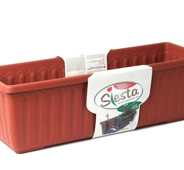 Truhlík samozavlažovací Siesta LUX 60 cm terracota Popis:Plastový samozavlažovací truhlík Siesta LUX obsahuje jednu vložku