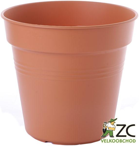 Květináč Green Basics 30 cm mild terra Popis:Květináče Green Basics jsou produkty od světoznámého výrobce Elho. Tyto pěstební nádoby jsou vyrobeny z recyklovaných plastů. Pod květináče můžeme dokoupit i vhodnou misku ze stejného materiálu. Pod tuto velikost patří miska Green Basics - 520105.Materiál:plastBarva:terakotováRozměry:průměr: 30 cm (12 l)výška: 27